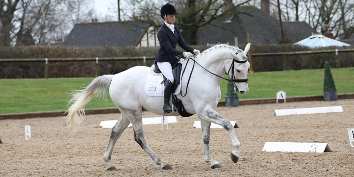 Victoria Gregg and Langson Governor. Ideal Saddles Combined Training 2020 c EmmPix